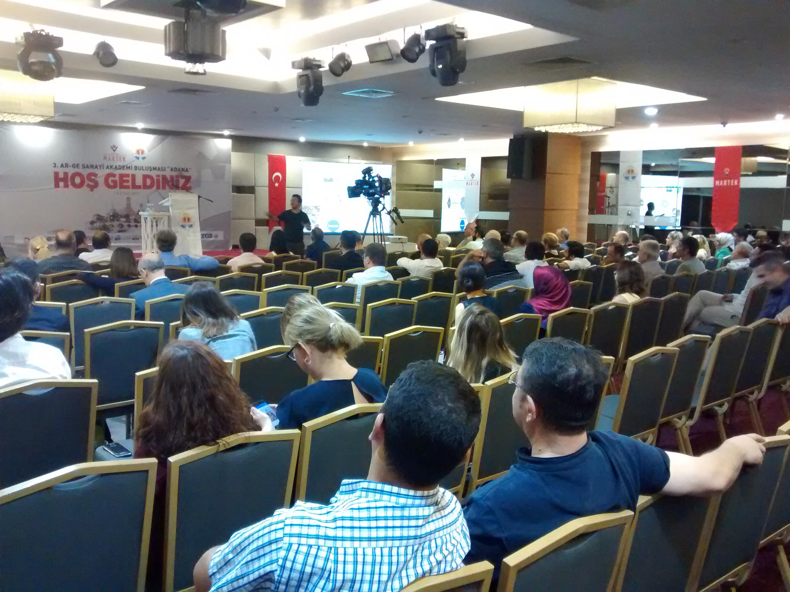 Adana'da Ar-Ge Sanayi Akademi Buluşması