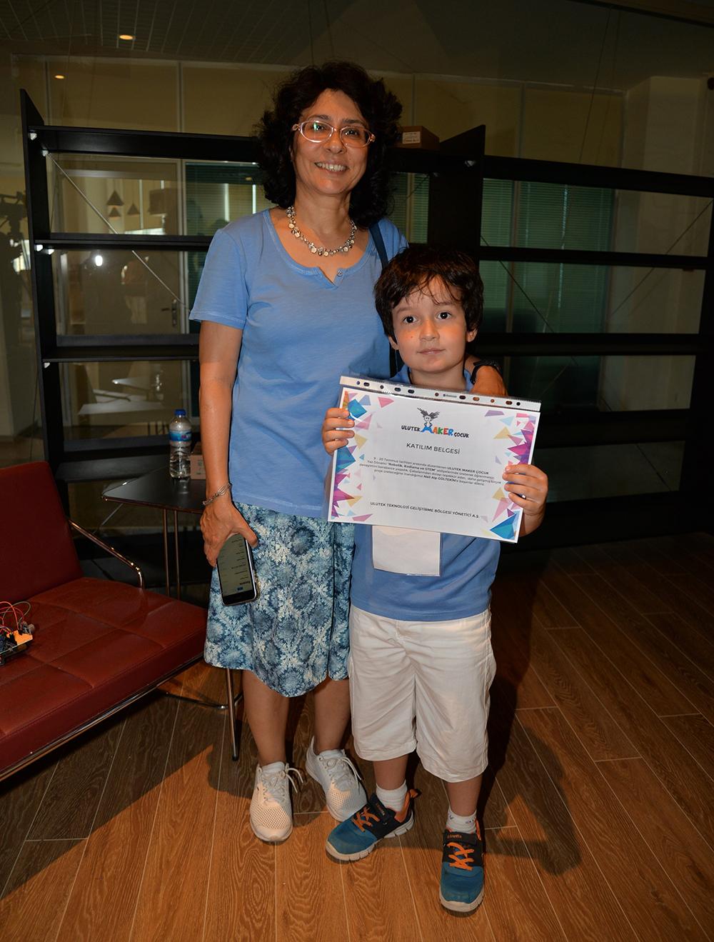 'Maker' çocuklar sertifikalarını aldı